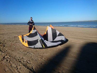 在Chipiona学习风筝冲浪8小时
