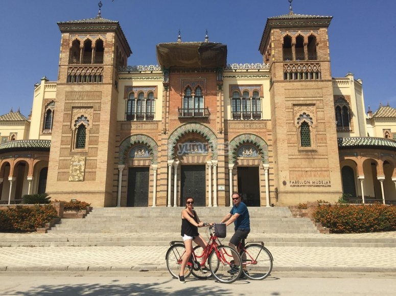 Historical places in Seville by bike