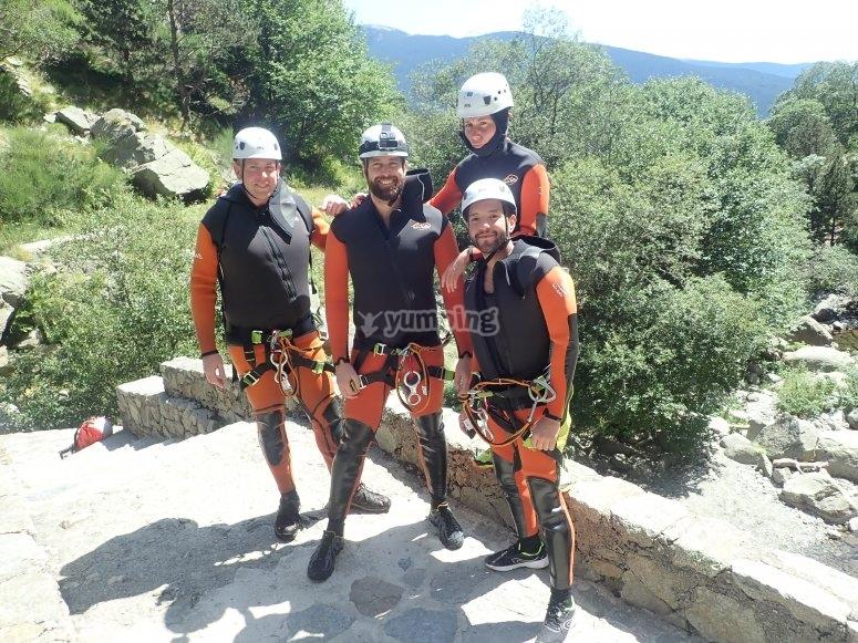 集团皮诺斯欧洲大峡谷