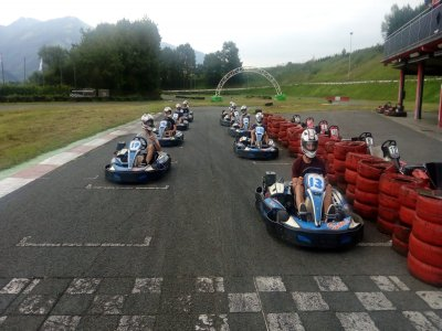卡丁车390cc组比赛10分钟奥拉贝里亚