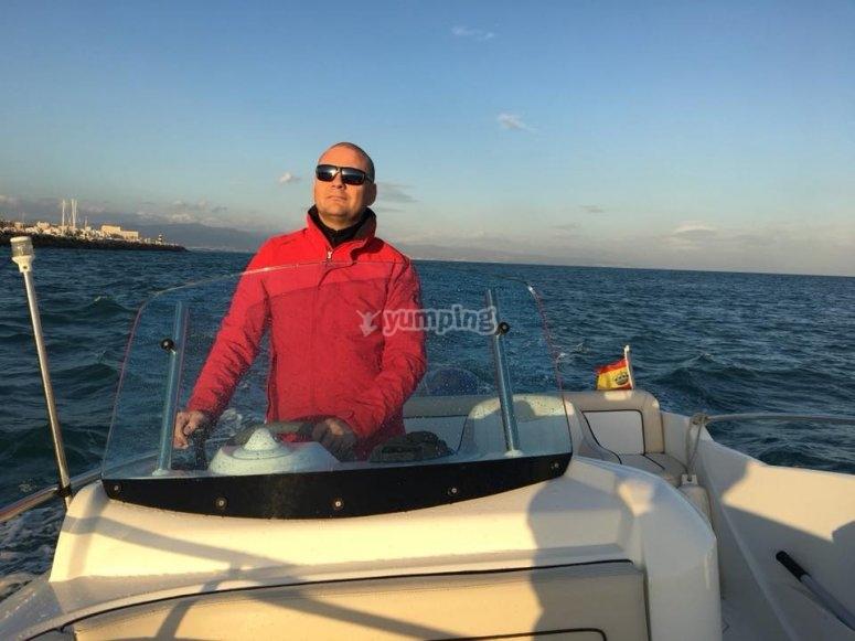 Navegando en Quicksilver 450