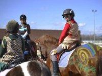 Amigos a los lomos de nuestros caballos