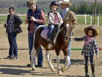 Montando ponis