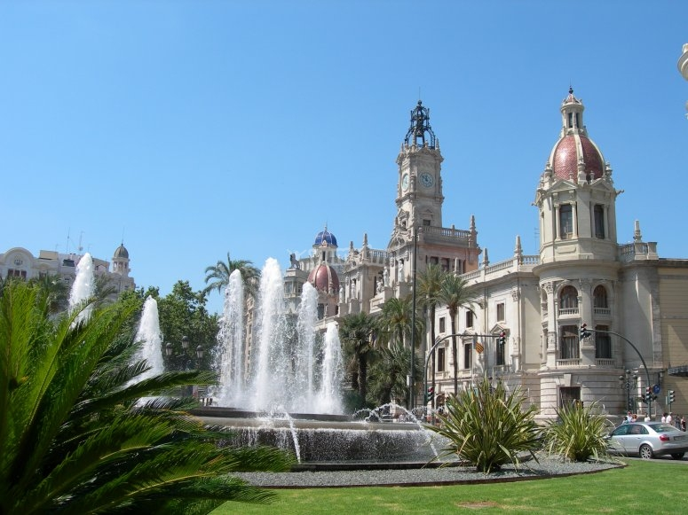 Get to know Valencia with this tour