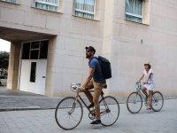 Alquiler de bicicleta clásica Cruiser en Bcn 4 h