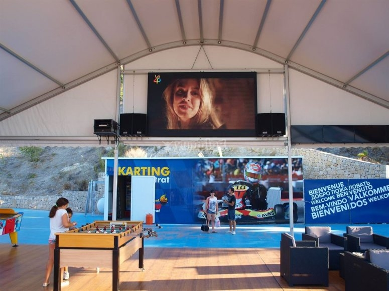 Area schermo e intrattenimento