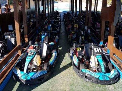 Honda 390 en pista de karting en Benidorm