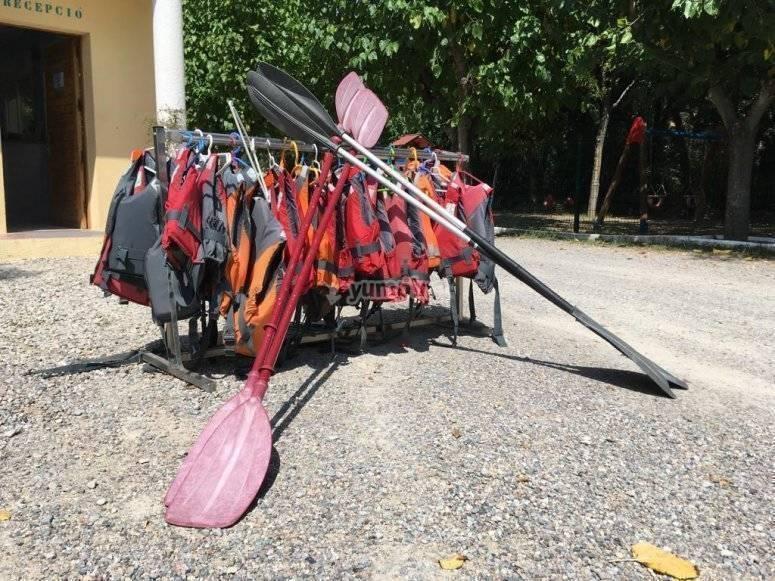 El material para los kayaks