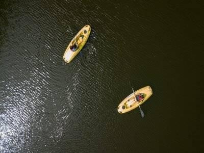 1 h de kayak, minigolf y comida en Pla d´el Estany