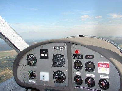 Pilot a light aircraft in A Coruña, 45 min