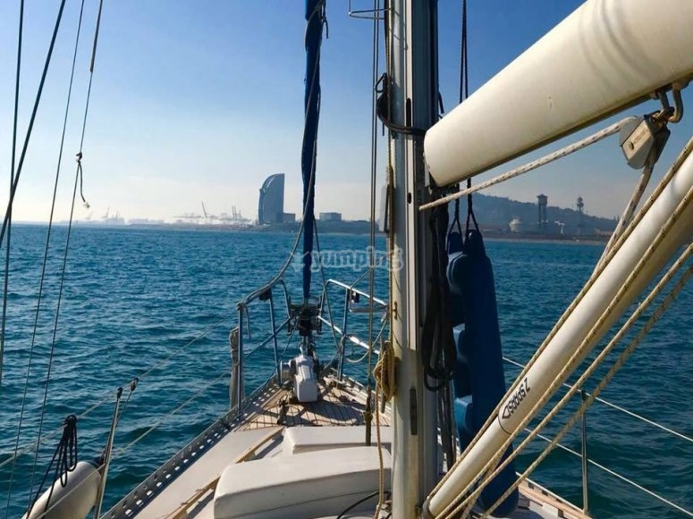 Salida en barco en Barcelona