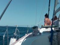 Paseo en velero por la costa de Barcelona 1jornada