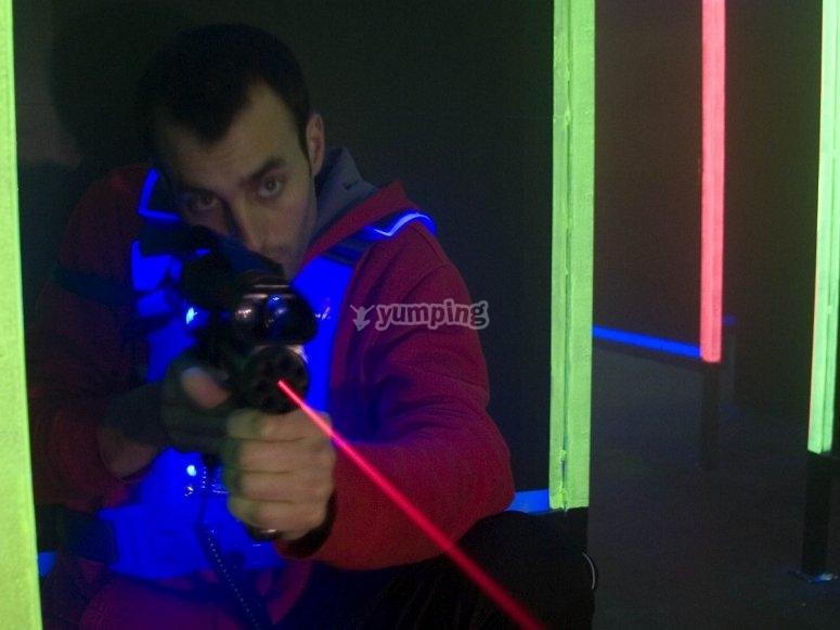 Disparando con laser tag