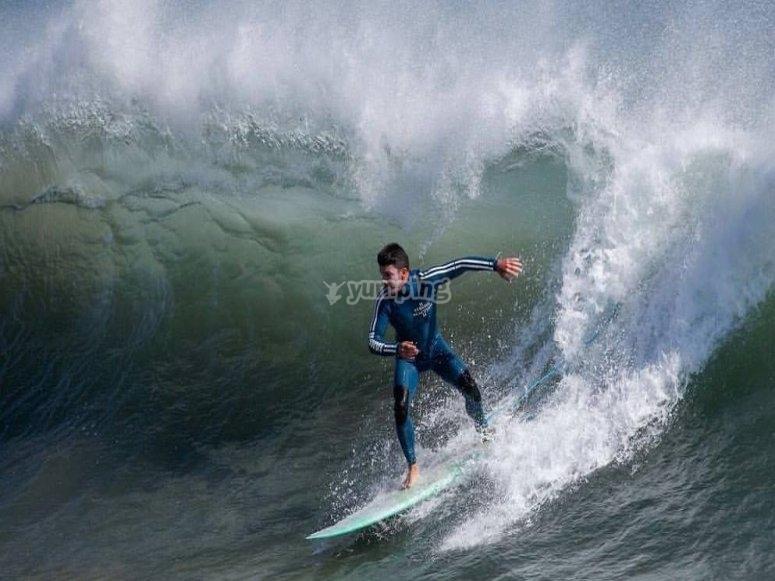 Imparare incredibili tecniche di surf