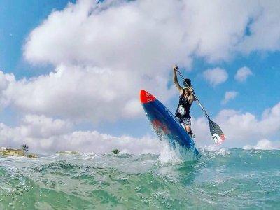 Pack surf, SUP, kayak e classe tecnica a Valencia