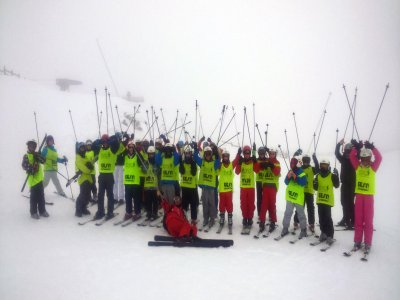 Escuela Oficial de Esquí y Snowbord Narcea Leitariegos Esquí