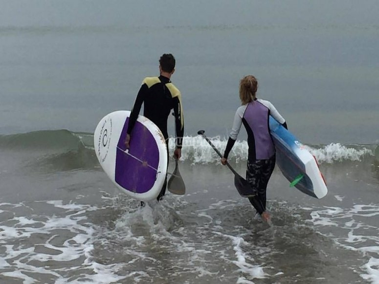 Getting into the sea with the boards