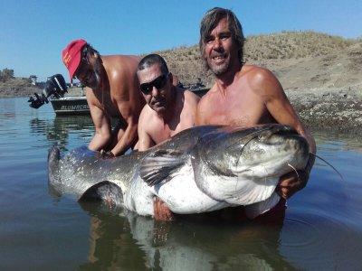 2 días pesca con guía en Alcántara 3 noches hotel