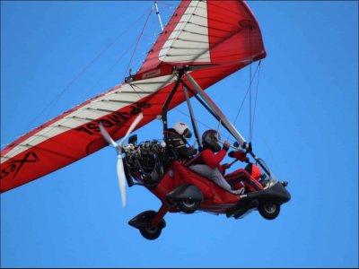 在马甘进行15至30分钟的滑翔飞行