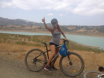 MTB rental in the La Viñuela reservoir