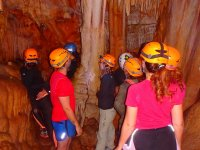 Speleologia nelle grotte di Candil e Tornero