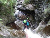 Descend the Sintxita canyon in Orozco