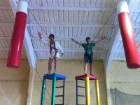 Team building con gymkana humor amarillo en Huerta