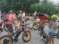 Montar en e-bike infantil Camino de San Martín 4h