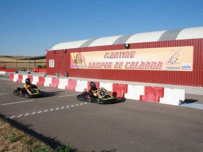 Gara di kart vicino a Teruel 3 maniche e trofei
