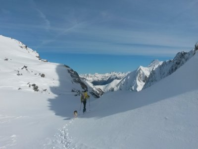 Medium level snowshoes trip in Benasque