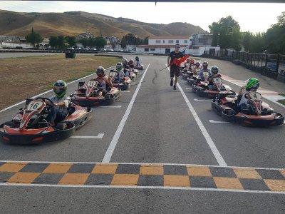 大奖赛卡丁车托雷洪计时赛和30圈