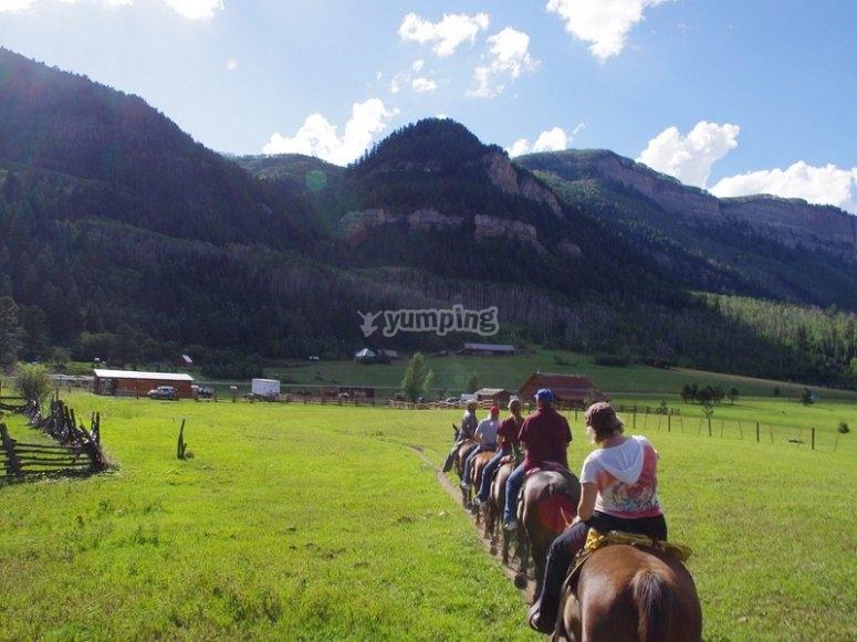 Paisajes de montana a caballo