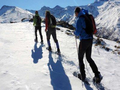 Sierra Nevada con raquetas de nieve nivel medio