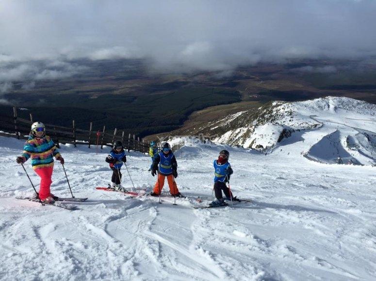 Curso de esqui para peques