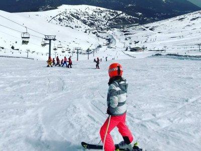 Curso Ski Teenkids en la sierra de Madrid,domingos