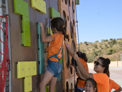Climbing activity and birthday snack in Málaga