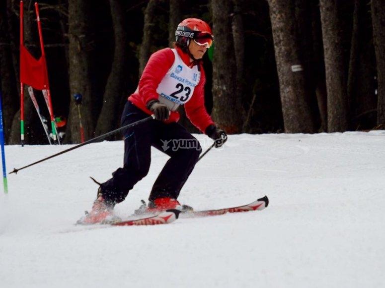 滑雪板滑雪-92-在雪中的朋友们玩得开心