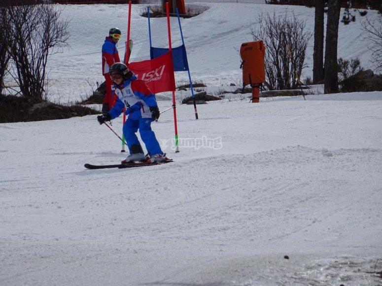 Aprende a esquiar este invierno