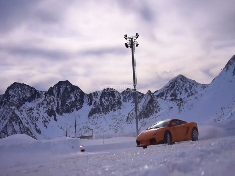 Driving Lamborghini in Grandvalira