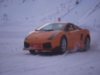 Drifting with the Lamborghini on the snow track