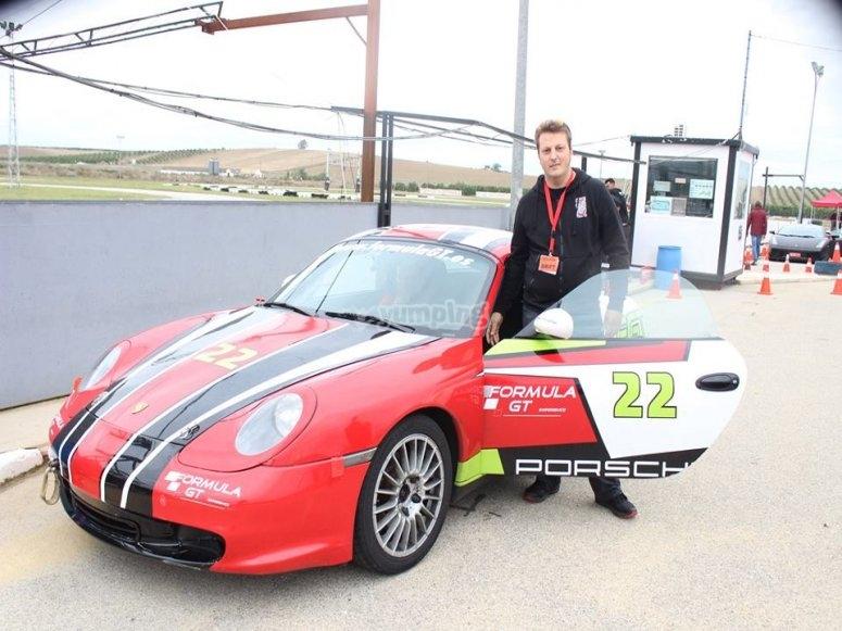 Ven a pilotar un Porsche en pista
