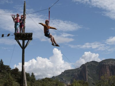 Treetop Zip Lines for School Trips Huesca
