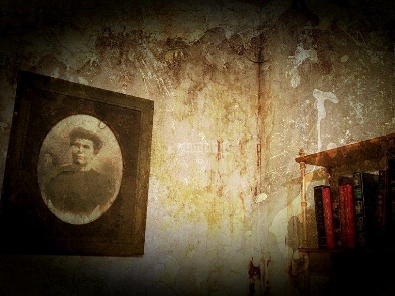 Retrato en la pared