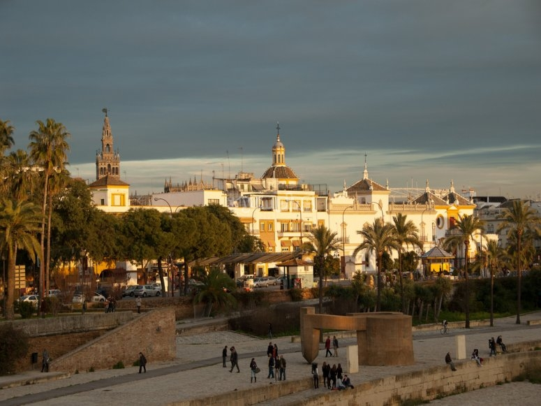 Casas rio Guadalquivir
