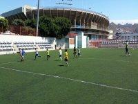 Entrenando en el campo de Tenerife