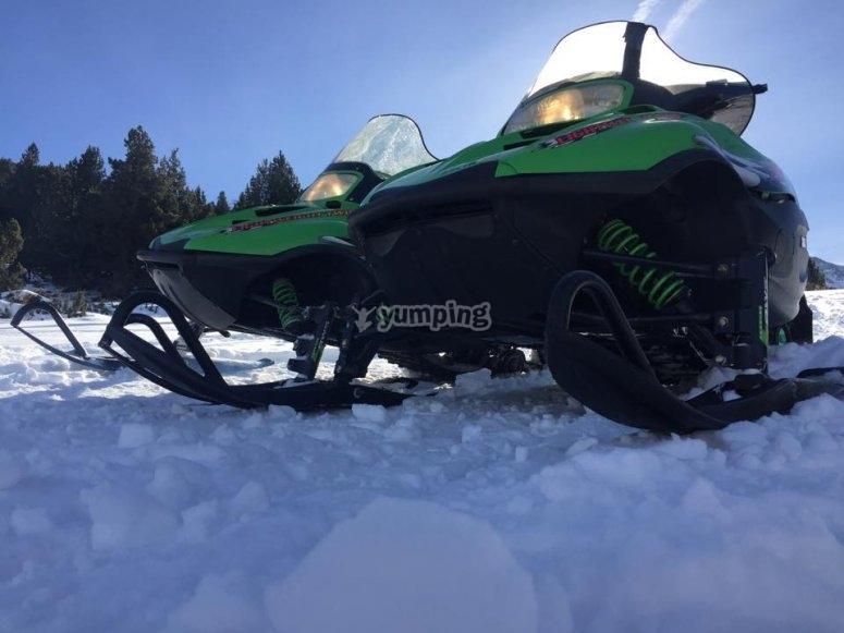 Moto de nieve en La Partacua