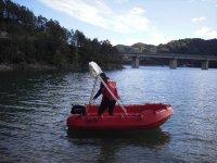 Listos para un paseo en barco por el Embalse de la Baells