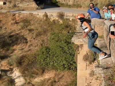 Circuito di bungee jumping e zip line a Malaga