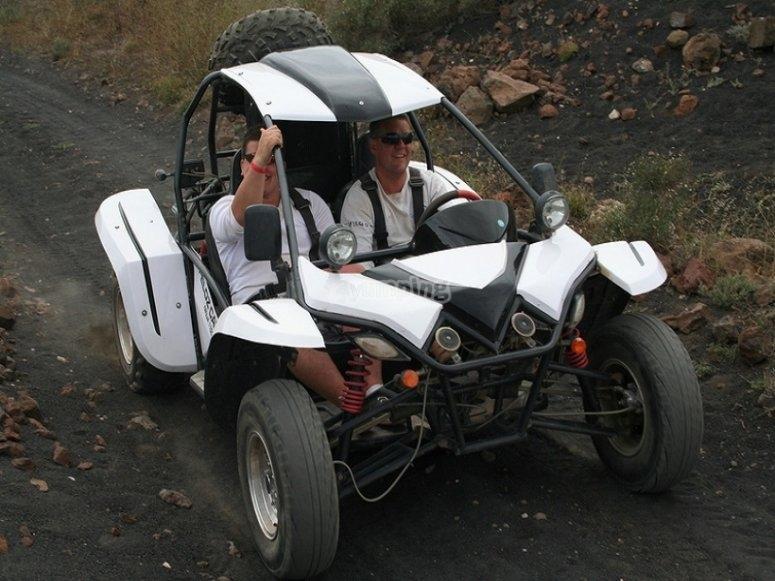 富埃特文图拉岛2越野车