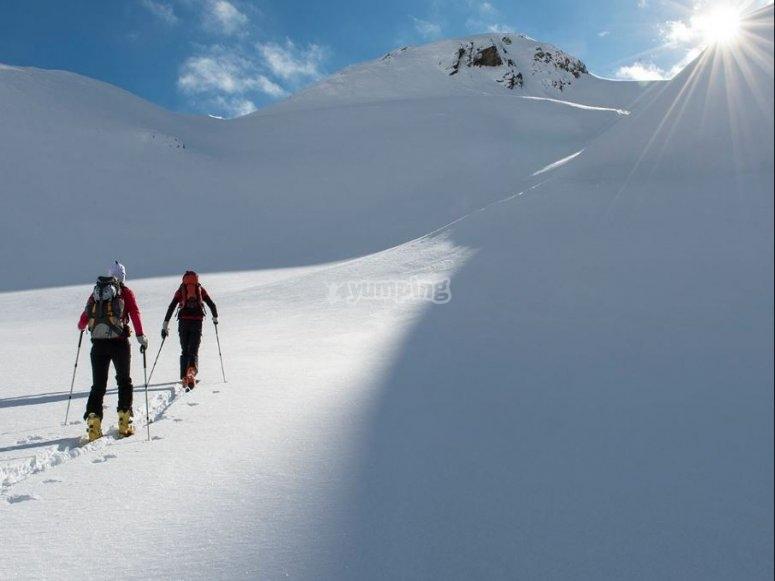Ascenso con esquis Val dAran